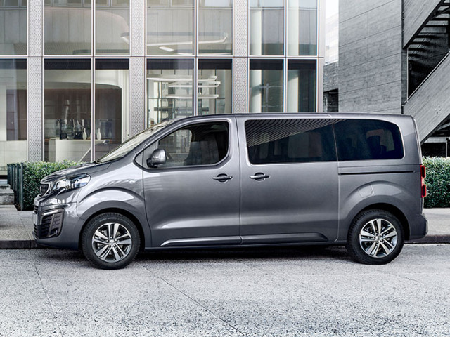 Foto von PEUGEOT Traveller Business