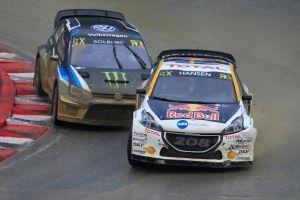 Sébastien Loeb dosáhl v Lohéacu čtvrté umístění na stupních vítězů v řadě