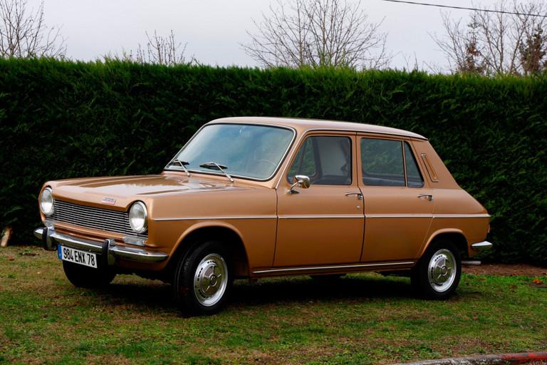 Na výstavě Rétromobile se Peugeot zaměřil na číslo 3