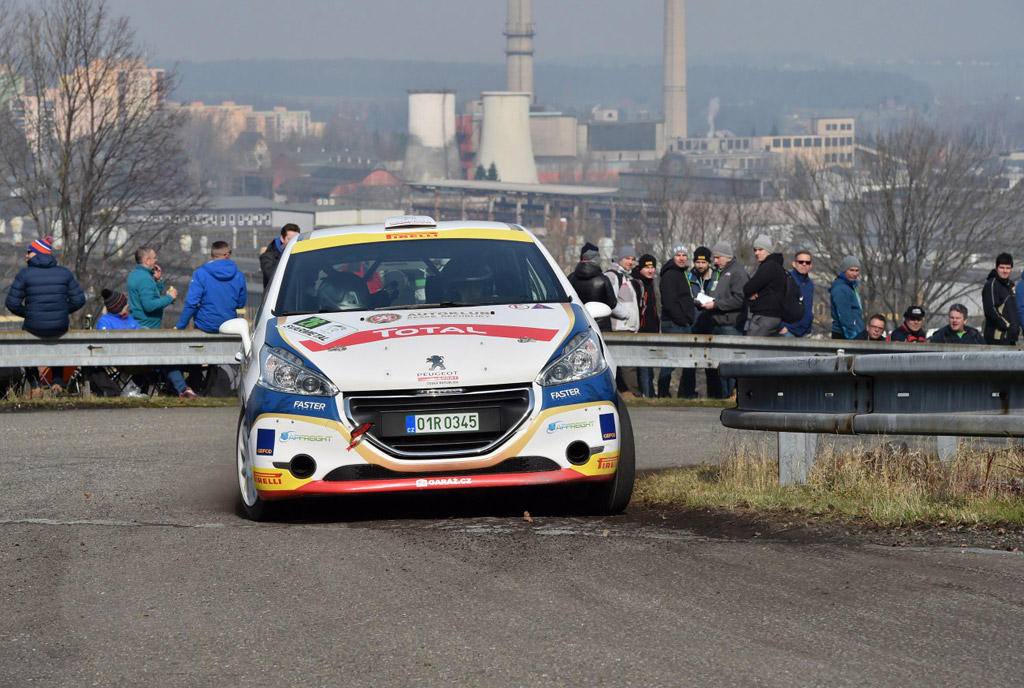 Posádka Autoklub Peugeot Rally Talent bodovala na 36. Valašské rally