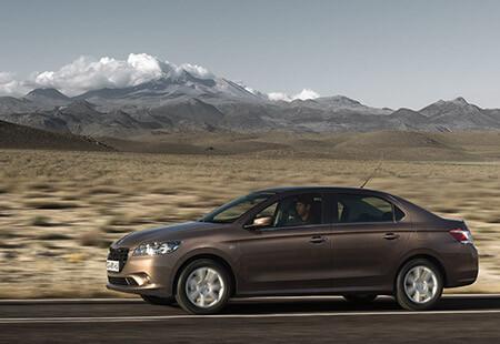 Peugeot 301 в движении