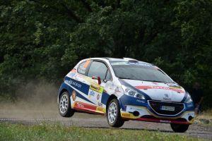Mareš s Hlouškem vítězi premiérového ročníku Peugeot Total Rally Cupu