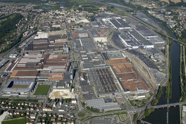 """Skupina PSA investuje 200 milionů EUR do projektu modernizace """"Sochaux 2022"""""""